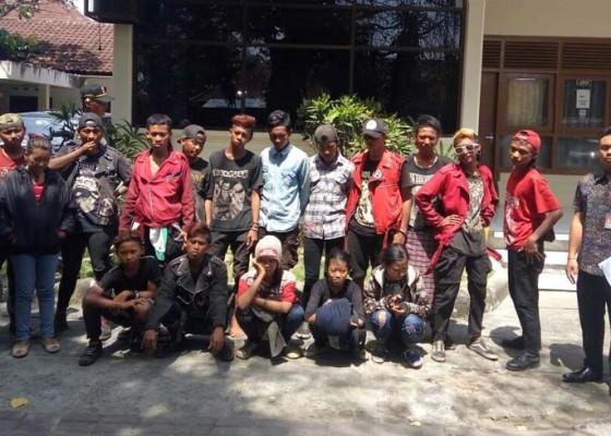 Nusabali.com - belasan-remaja-punker-terjaring-razia