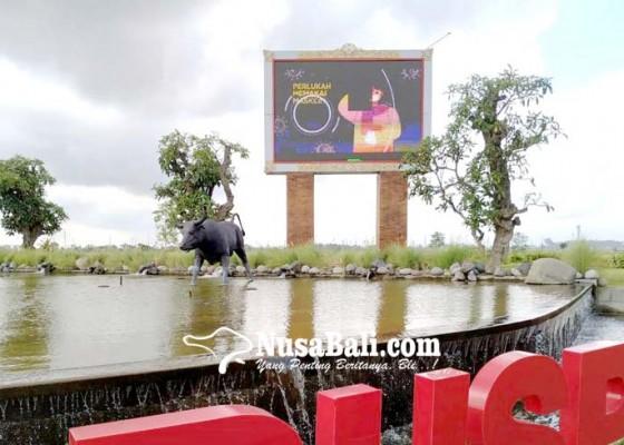 Nusabali.com - videotron-di-depan-puspem-badung-rusak-lagi