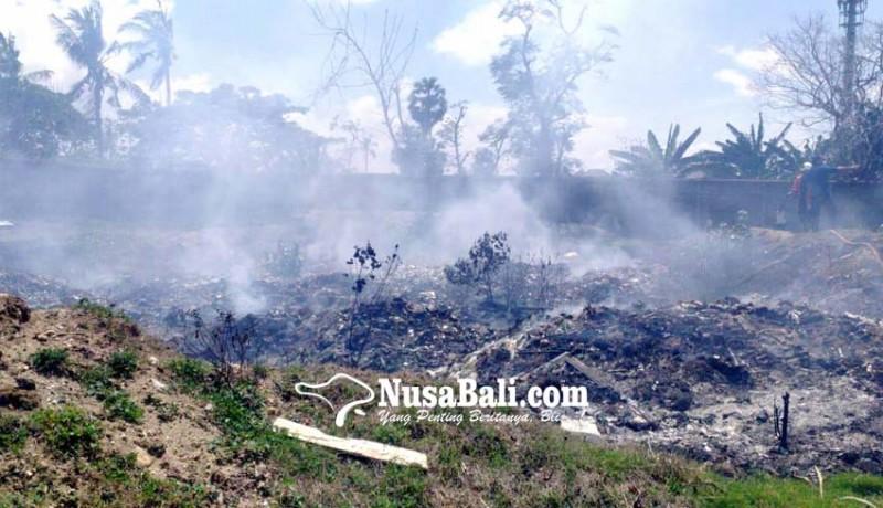 www.nusabali.com-bakar-sampah-api-nyaris-hanguskan-pasar-senggol-kuta