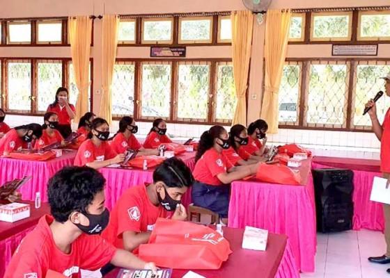 Nusabali.com - dinas-parbud-jembrana-keliling-perkenalkan-museum-ke-sekolah