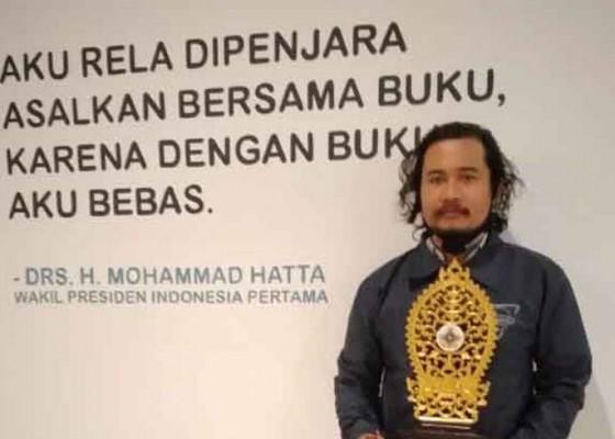 Nusabali.com - dosen-stkip-juara-menulis-cerpen-basa-bali