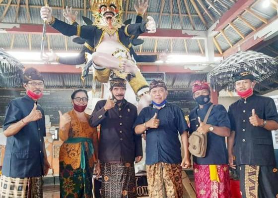 Nusabali.com - ogoh-ogoh-stt-desa-pucaksari-busungbiu-terbaik-se-buleleng