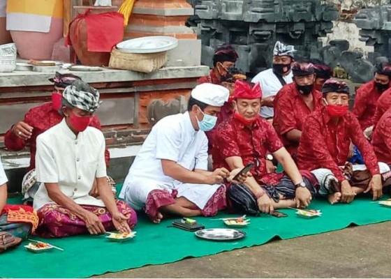 Nusabali.com - cabup-gede-dana-galang-dukungan-di-kecamatan-sidemen