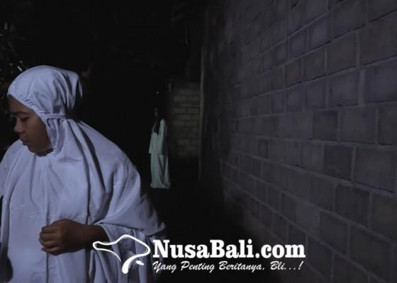 Nusabali.com - behind-the-scene-pertuq-film-horor-karya-siswa-smk