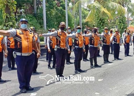 Nusabali.com - long-weekend-dishub-siagakan-personel