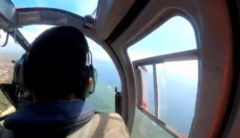 www.nusabali.com-basarnas-pantau-wisatawan-dengan-helikopter