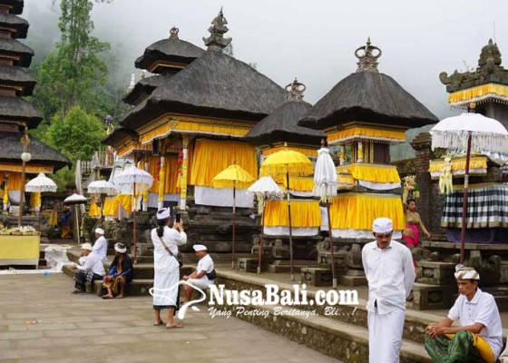 Nusabali.com - pujawali-di-pasar-agung-tanpa-melasti-ke-segara