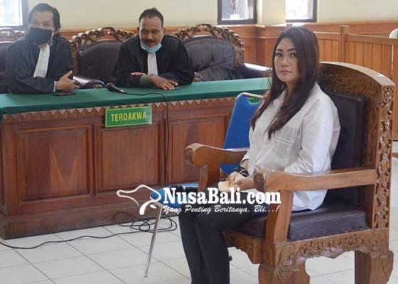 Nusabali.com - gara-gara-postingan-monyet-irt-cantik-divonis-9-bulan