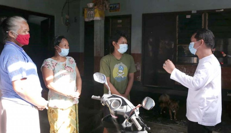 www.nusabali.com-bedah-kelurahan-bupati-suwirta-percepat-penanganan-kemiskinan-di-kota