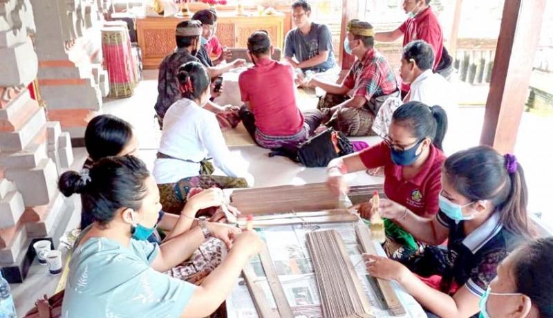 www.nusabali.com-pandemi-jumlah-lontar-yang-dikonservasi-menurun