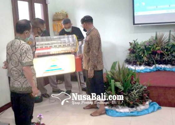 Nusabali.com - bank-pasar-bangli-undi-tali-asih