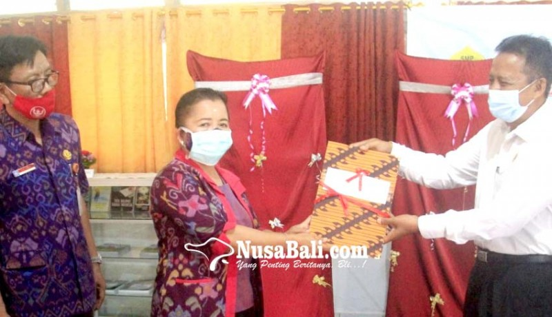 www.nusabali.com-smpn-2-singaraja-luncurkan-e-library