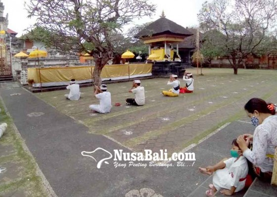 Nusabali.com - pujawali-di-pura-agung-jagatnatha-denpasar-digelar-sehari