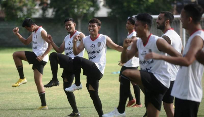 www.nusabali.com-pemain-bali-united-diliburkan