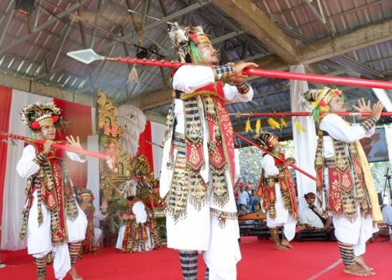 Nusabali.com - seniman-kolok-desa-bengkala-pentas-virtual