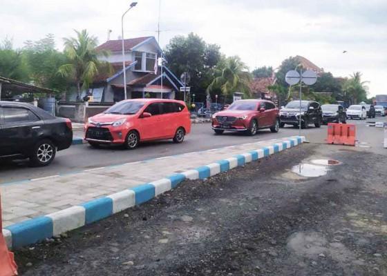 Nusabali.com - masa-arus-balik-wisatawan-domestik-1638-mobil-pribadi-tinggalkan-bali