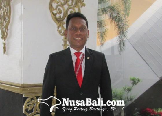 Nusabali.com - kariyasa-nilai-se-menaker-terkait-upah-sudah-tepat
