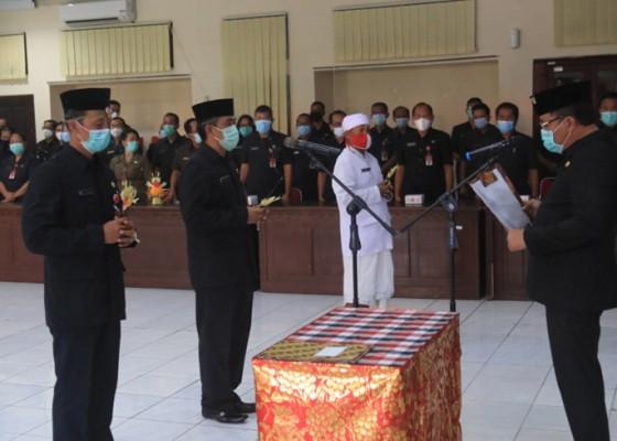 Nusabali.com - dilantik-jadi-kepala-dinas-2-pejabat-tetap-rangkap-plt