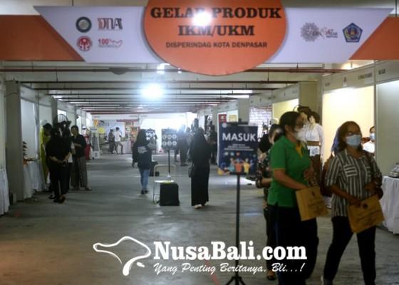 Nusabali.com - dekranasda-bkraf-denpasar-gelar-pameran-secara-online-dan-offline