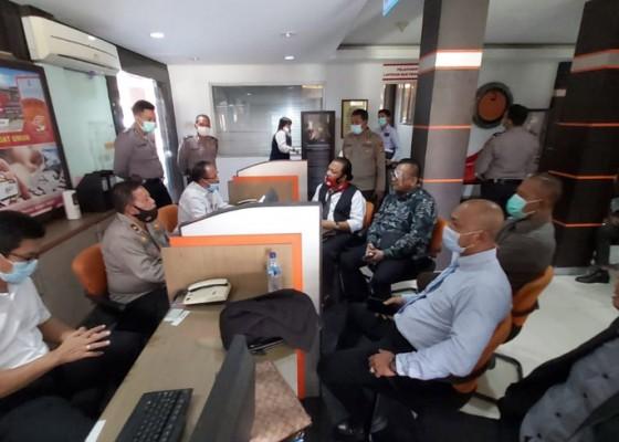 Nusabali.com - pelaporan-terhadap-awk-di-dit-reskrimsus-belum-diproses-polisi