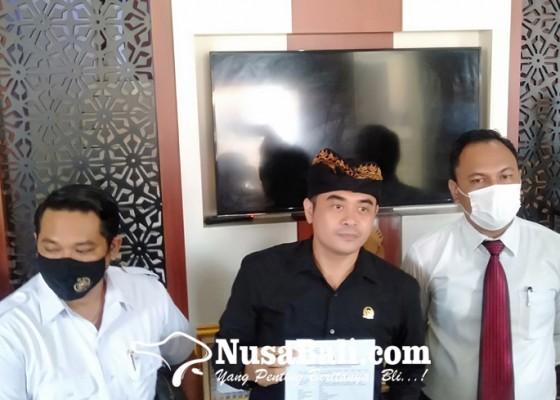 Nusabali.com - awk-laporkan-sejumlah-akun-medsos-ke-polda-bali