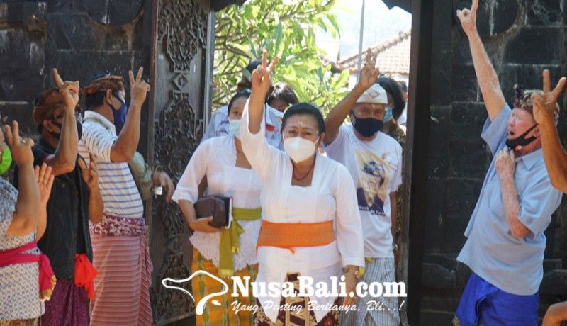 www.nusabali.com-cabup-mas-sumatri-disambut-antusias-krama-asak