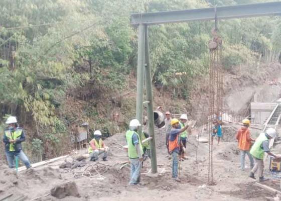 Nusabali.com - jembatan-pinggan-siakin-ditarget-rampung-bulan-desember