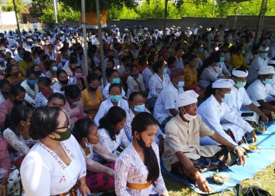 Nusabali.com - warga-sumberklampok-gelar-doa-bersama-perjuangkan-hak-atas-tanah