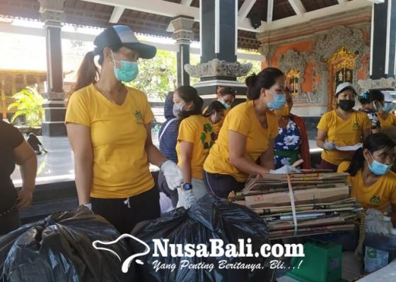 Nusabali.com - warga-banjar-canggu-tukar-sampah-dengan-beras