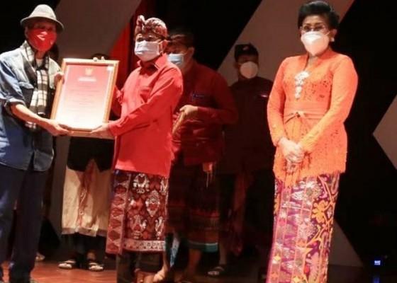 Nusabali.com - koster-komit-wadahi-seni-modern-tradisi-secara-seimbang