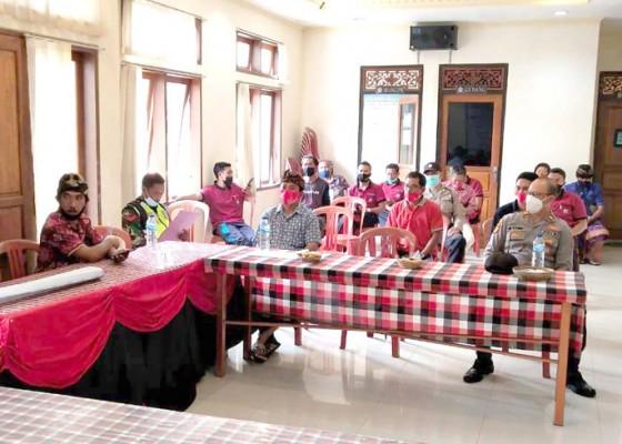 Nusabali.com - warga-sepang-deklarasi-tolak-gelaran-tajen