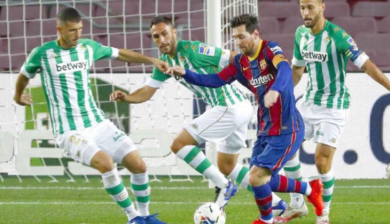 www.nusabali.com-cetak-gol-open-play-messi-bantu-barcelona-gilas-betis