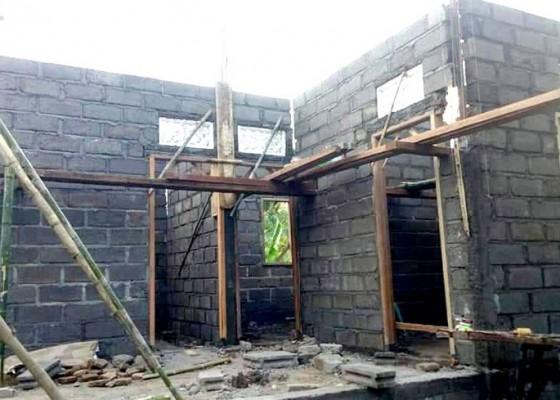 Nusabali.com - rumah-nyaris-roboh-di-pejarakan-akhirnya-direhab