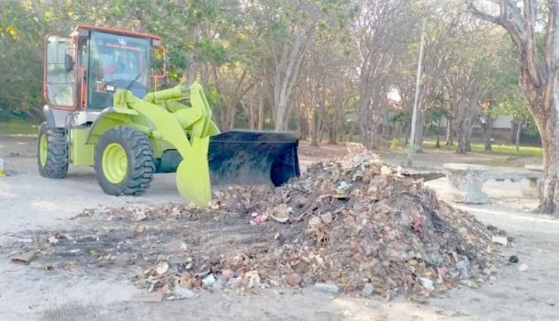 www.nusabali.com-antisipasi-sampah-kiriman-dinas-lhk-siagakan-600-petugas-kebersihan