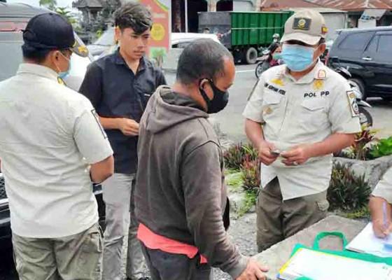 Nusabali.com - 34-pelanggar-protokol-kesehatan-kena-denda