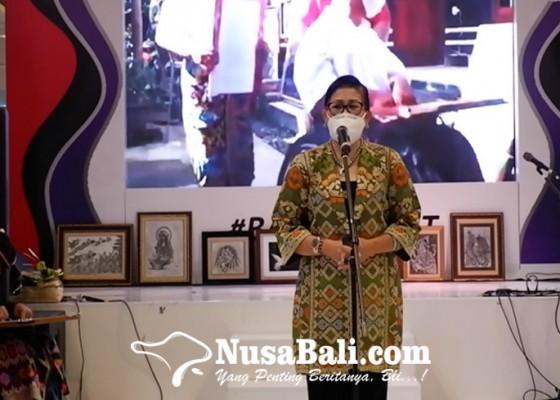 Nusabali.com - putri-suastini-koster-semangati-umkm-bali-di-masa-pandemi