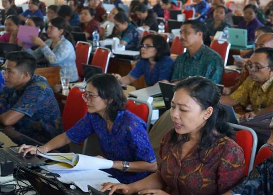 Nusabali.com - karangasem-susun-formasi-765-cpns