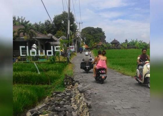 Nusabali.com - waspada-jalan-alternatif-desa-canggu-ambles