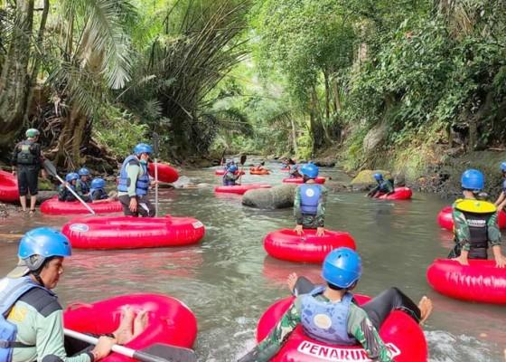 Nusabali.com - kembangkan-desa-wisata-penarungan-perkenalkan-wahana-bermain-arung-jeram