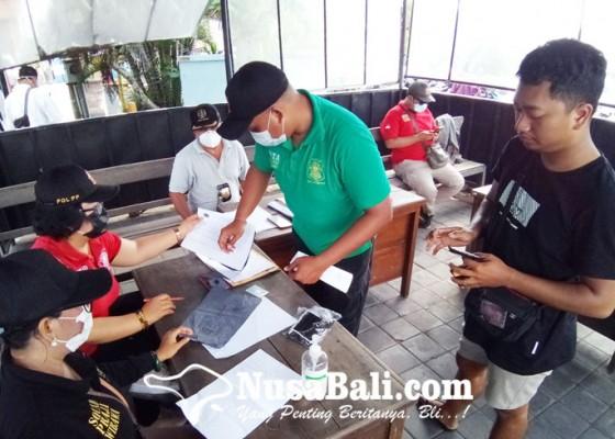 Nusabali.com - tim-yustisi-kota-denpasar-kembali-jaring-17-pelanggar-prokes