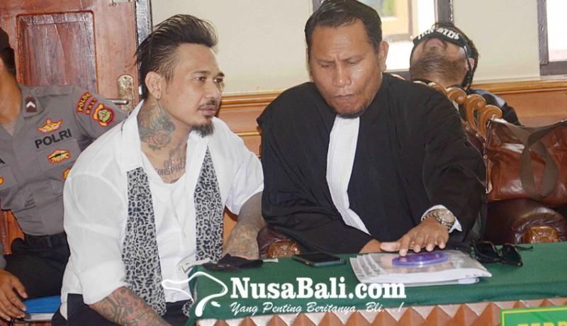 www.nusabali.com-yakin-tak-bersalah-jerinx-minta-bebas