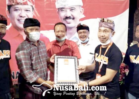 Nusabali.com - sedana-arta-didaulat-jadi-duta-bapak-belanja-pasar-tradisional