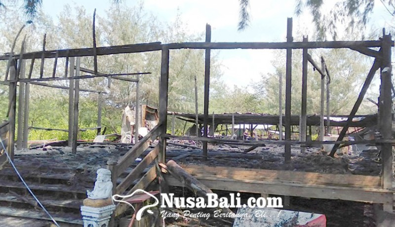 www.nusabali.com-terbakar-tengah-malam-restoran-tepi-pantai-ludes