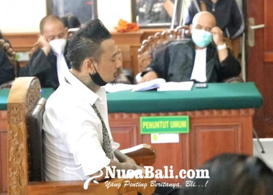 Nusabali.com - vonis-1-tahun-2-bulan-jerinx-dan-jaksa-penuntut-umum-pilih-pikir-pikir-dulu