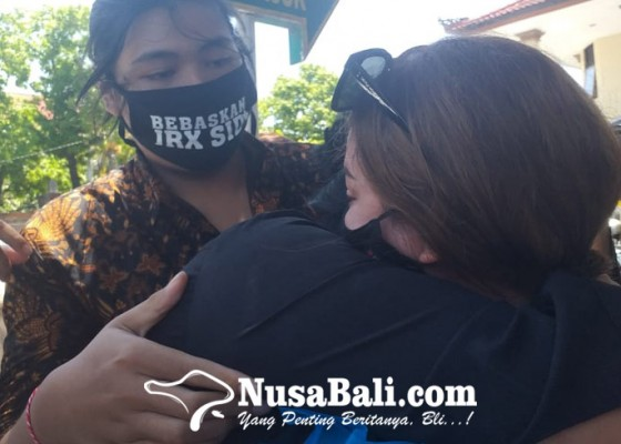 Nusabali.com - air-mata-nora-alexandra-tumpah-janji-tetap-setia