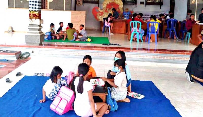 www.nusabali.com-dukung-anak-didik-saat-pandemi-desa-cepaka-belajar-di-balai-banjar
