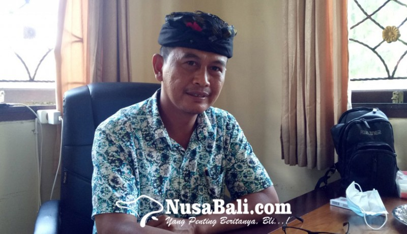 www.nusabali.com-perajin-arak-dan-tuak-di-cau-belayu-menyusut