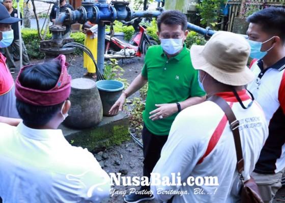 Nusabali.com - desa-adat-dinas-dilarang-rebutan-kelola-air