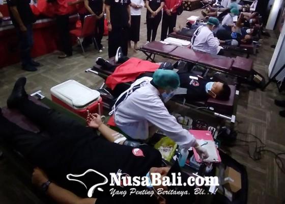Nusabali.com - suastini-koster-apresiasi-pendonor-dari-kaum-muda
