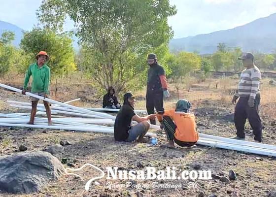 Nusabali.com - desa-sukadana-pasang-jaringan-3000-meter